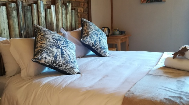Comfortable clean accommodation for a couple in Graskop near God's Window and Kruger National Park